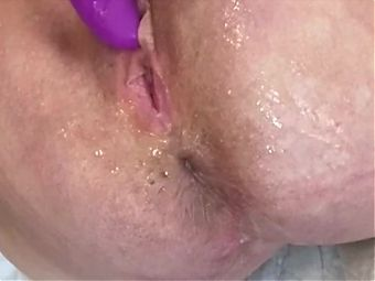 Mature Wife Toys Her Wet Pussy To Closeup Squirt