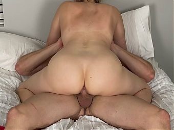 Blonde Amateur with Great ASS fucks fit big dick Stud